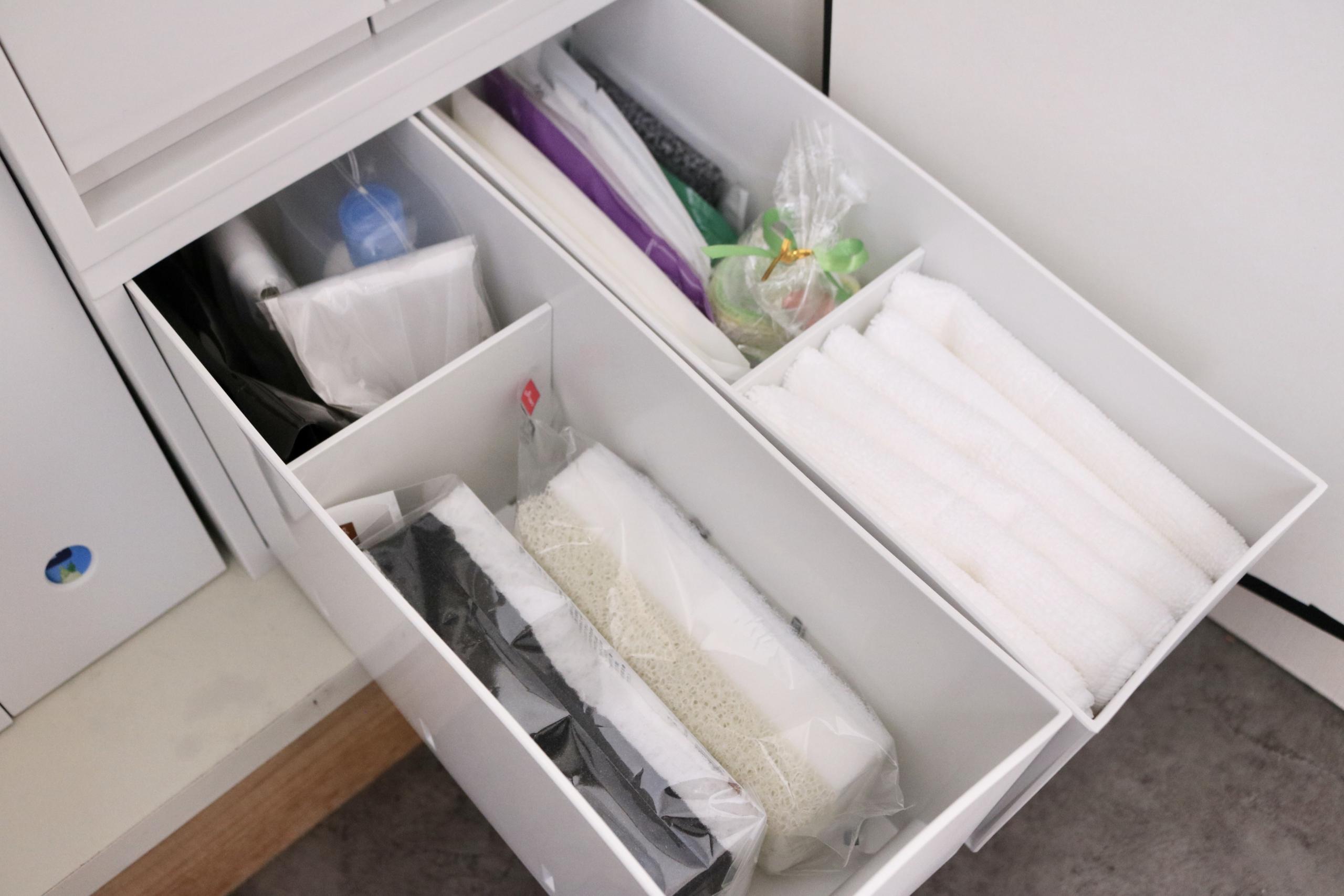 「100円ショップアイテム」で洗面収納のお悩みを解決