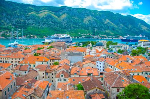 海賊の隠れ家だった街、モンテネグロ『コトル』