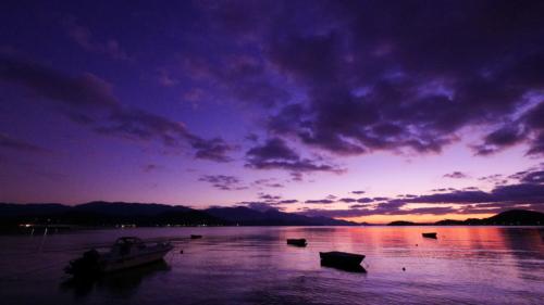 糸島の海辺の黄昏時