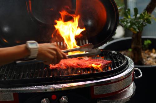 GARB LEAVES(ガーブ リーブス)BBQ