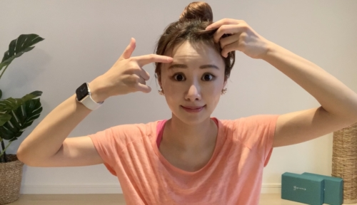 マスク老けを予防&解消する顔ヨガ