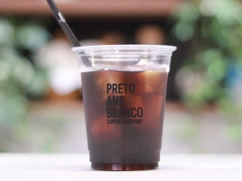 PRETO AND BRANCO