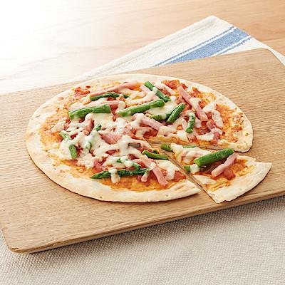 『アスパラガスとベーコンのピザ』