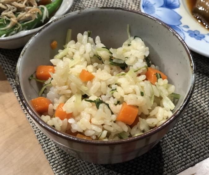 水菜とニンジンの混ぜ込みご飯