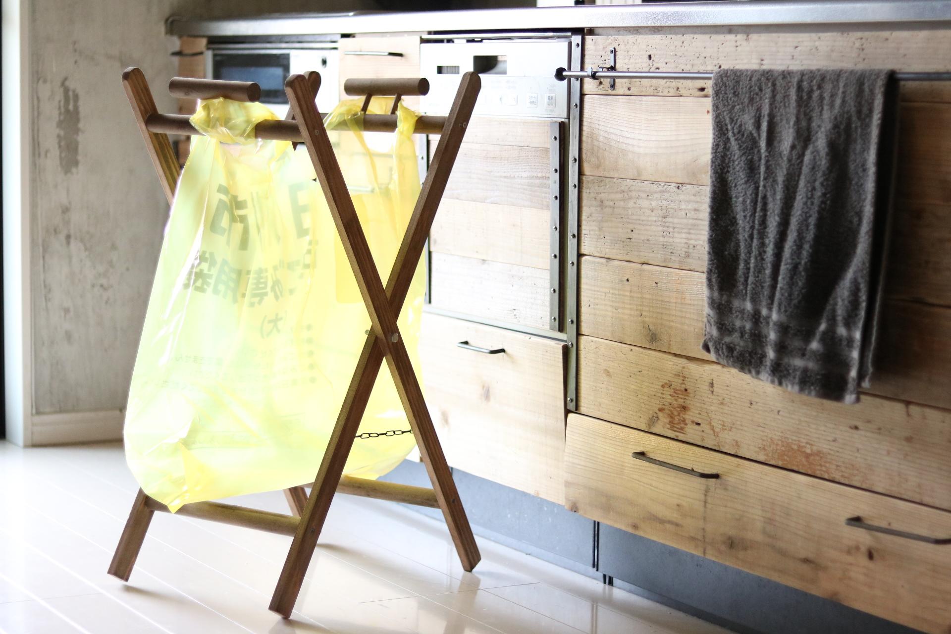 指定袋対応「折り畳み式ゴミ袋ラック」