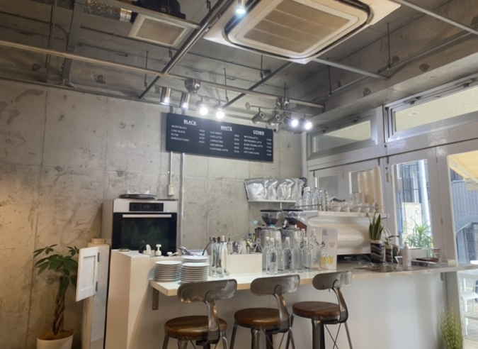 Nooice food and coffee(ノイスフードアンドコーヒー) 店内