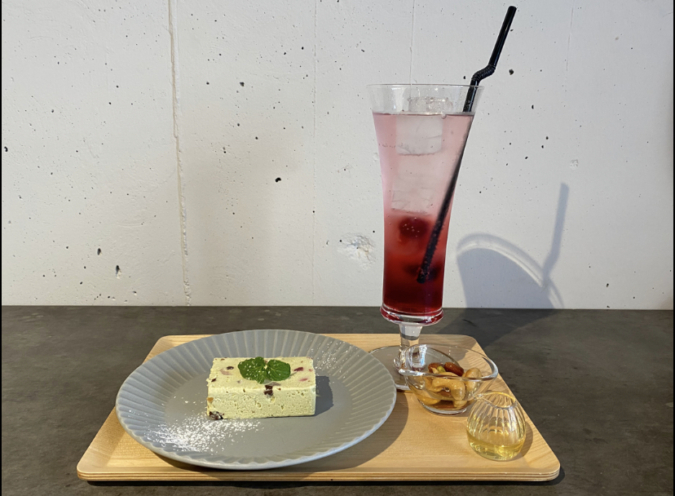 cost cafe スイーツとドリンク