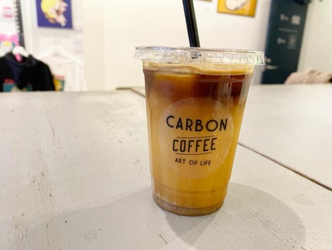 CARBON COFFEE オーツミルクラテ