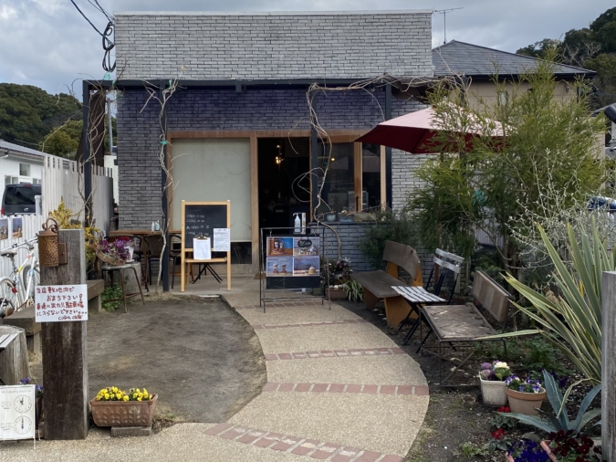 coba cafe(コバカフェ)外観