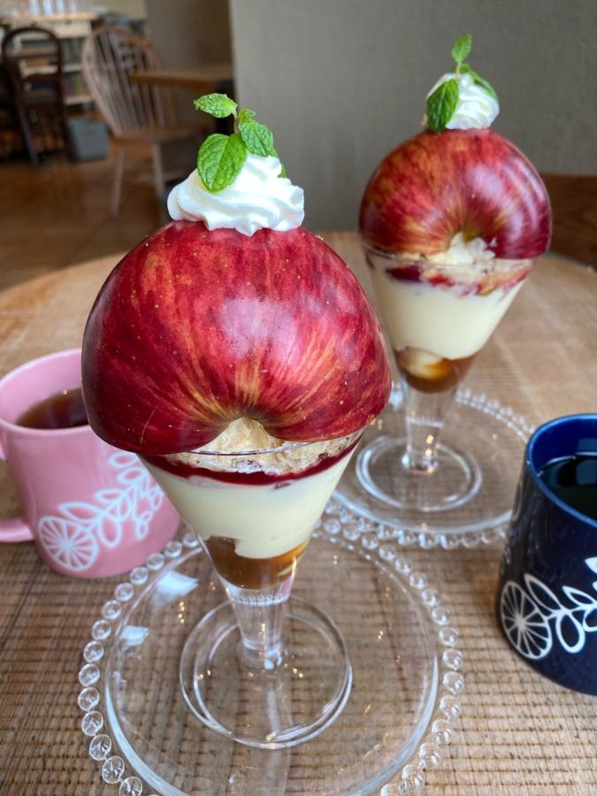 キャンベル・アーリー/長野県産のりんご「シナノスイート」を使用している『長野県産りんごのアップルパイ』(1,250円)