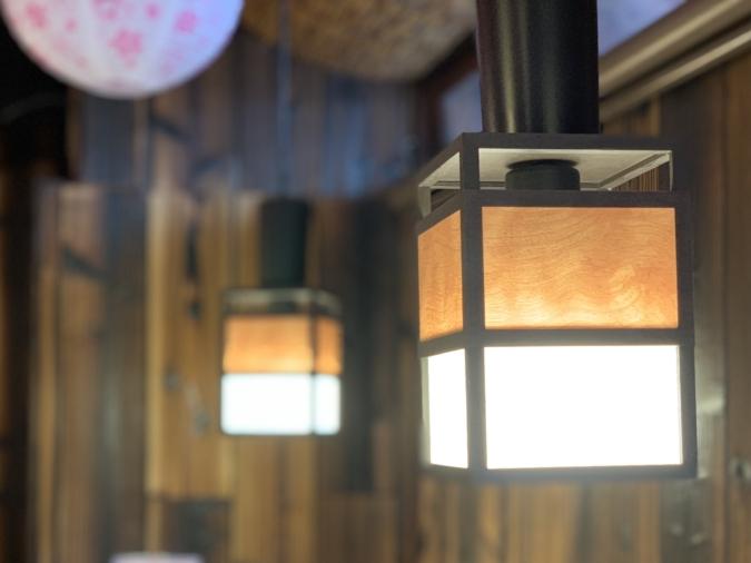 小鳥居茶房(ことりいさぼう) 店内照明