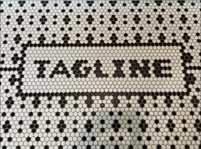 『TAGLINE(タグライン)』 床