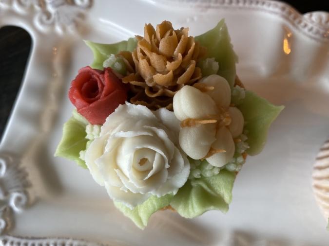 cafe&sweets Sweet Lulu クリスマスバージョン あんフラワーケーキ