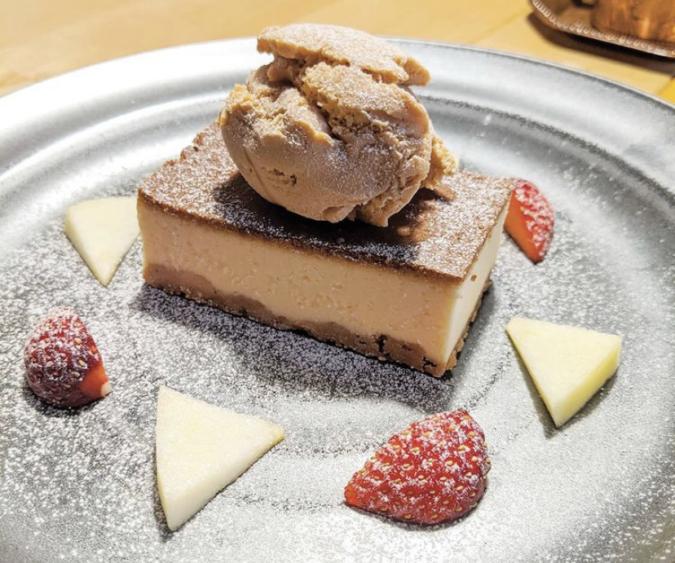 L'atelier NOSTALGIE(ラトリエノスタルジー) ベイクドチーズケーキ