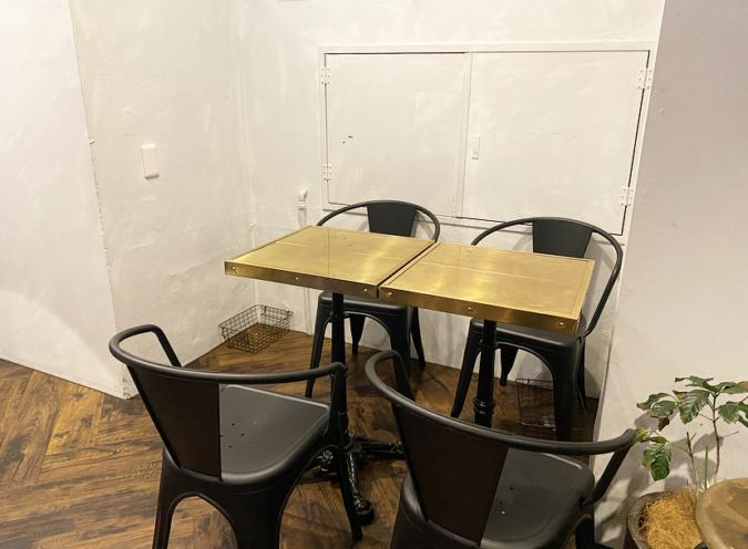 SIRIUS(シリウス) テーブル席