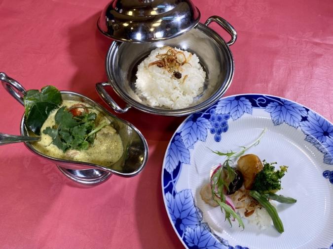 欧風カレー 白山舎(はくさんしゃ) タイ風辛口グリーンカレー
