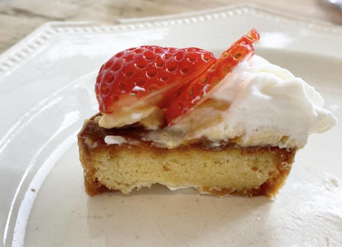 conze blanc(コンゼブラン) 苺のタルト 断面