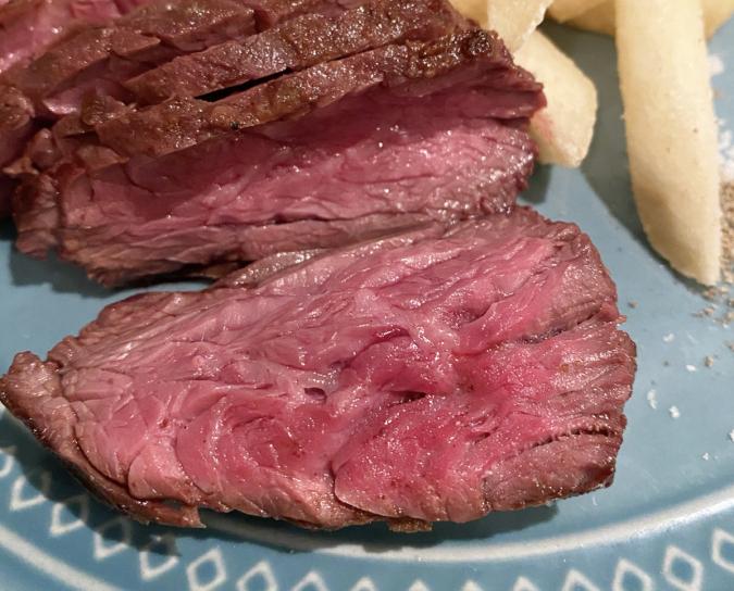 oitoma(おいとま)ステーキ