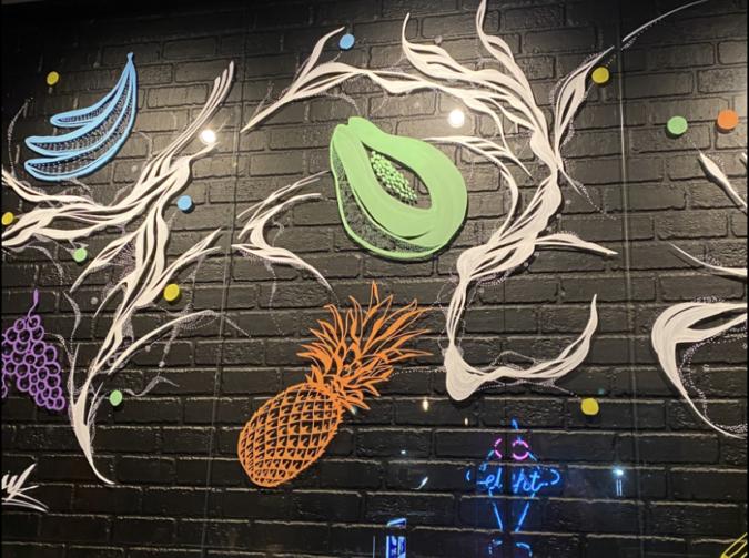 夜パフェ∞EIGHT 壁の絵