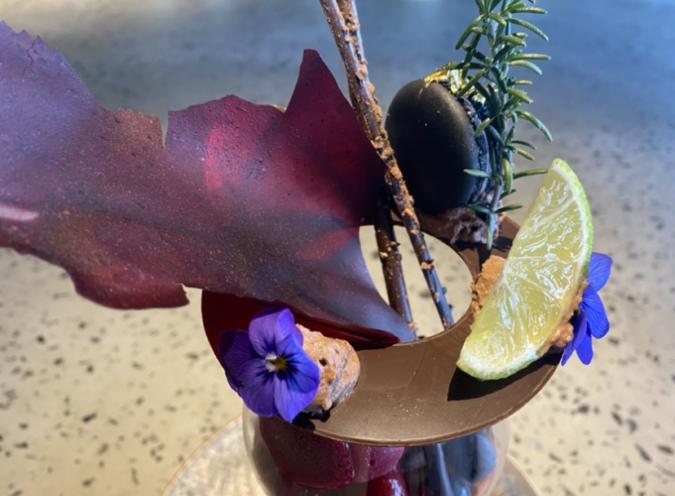 MAIN DINING CABANA(メインダイニング カバーナ) ショコラパフェ
