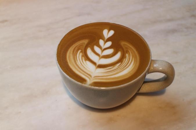 WHITE GLASS COFFEE(ホワイトグラスコーヒー) カフェラテ