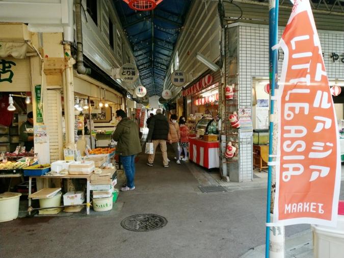 吉塚市場 リトルアジアマーケット クリスマスの雰囲気