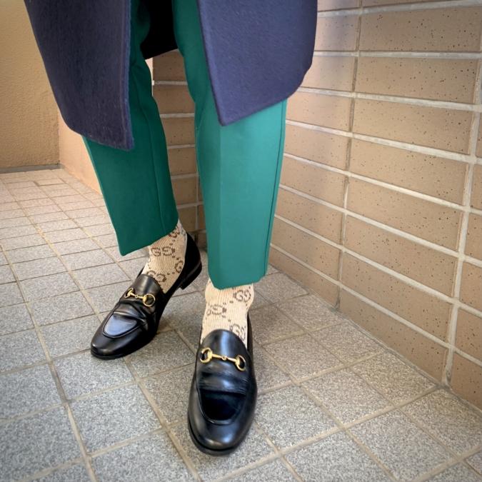 『GUCCI』の靴と靴下