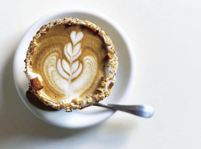 Nooice food and coffee(ノイスフードアンドコーヒー) アーモンド