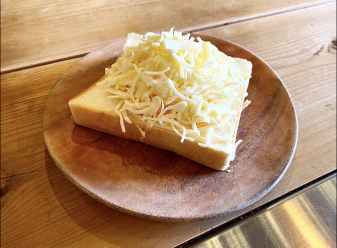 MIELE tamachi(ミエーレたまち) チーズハニートースト