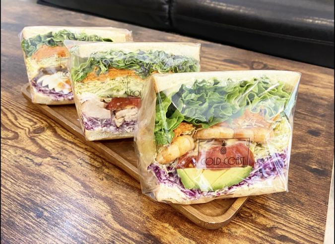 『Gold Coast Cafe + Dining(ゴールドコースト カフェダイニング)』のサンド