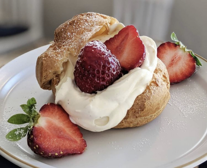 MARUYA recipe いちごシュークリーム
