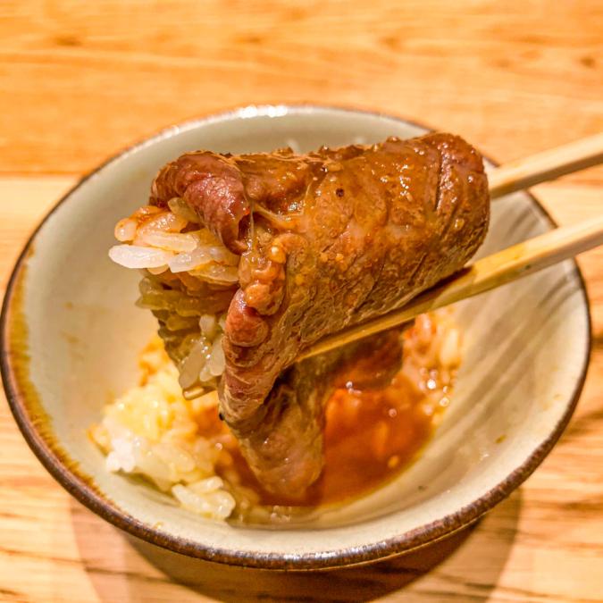 神戸牛のウチモモ卵かけご飯 焼肉すどう 春吉