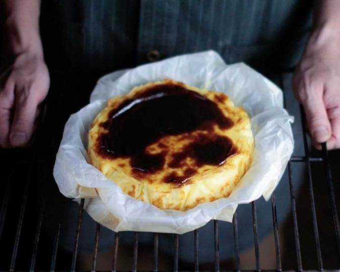 ALWAYS SUNSHINE SANDWICH BAR(オールウェイズサンシャインサンドイッチバー) バスクチーズケーキ