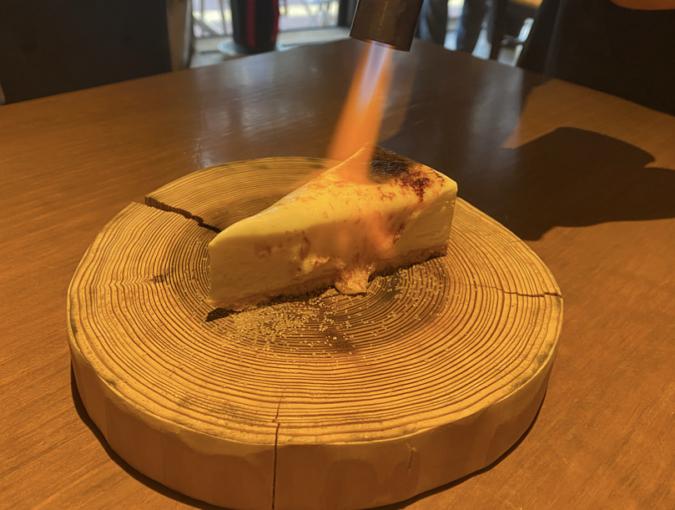 Italian Kitchen VANSAN(イタリアンキッチンバンサン) 炙りチーズケーキ