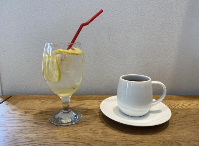 THE LOCAL COFFEE STAND FUKUOKA(ザ ローカル コーヒー スタンド 福岡) ドリンク