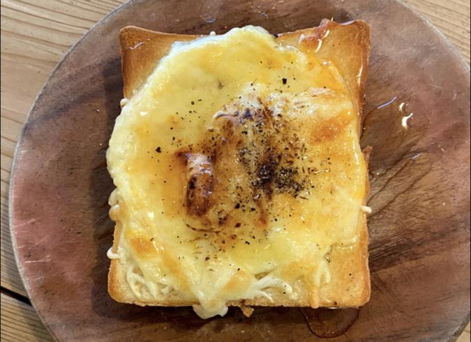 MIELE tamachi(ミエーレたまち) ハニーチーズトースト