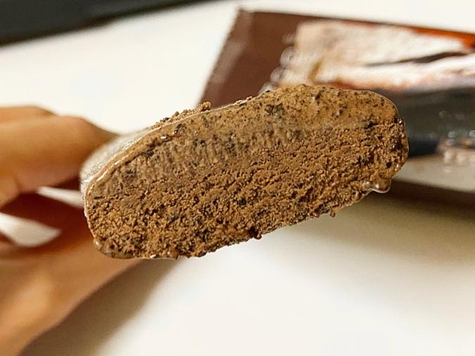 ベルギーショコラのガトーショコラバー 断面