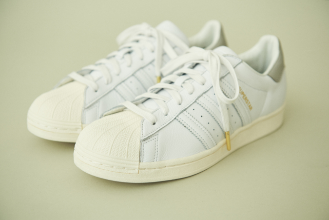 adidas Originals for TOMORROWLAND SUPERSTARレザースニーカー 全体像