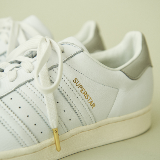 adidas Originals for TOMORROWLAND SUPERSTARレザースニーカー ゴールド