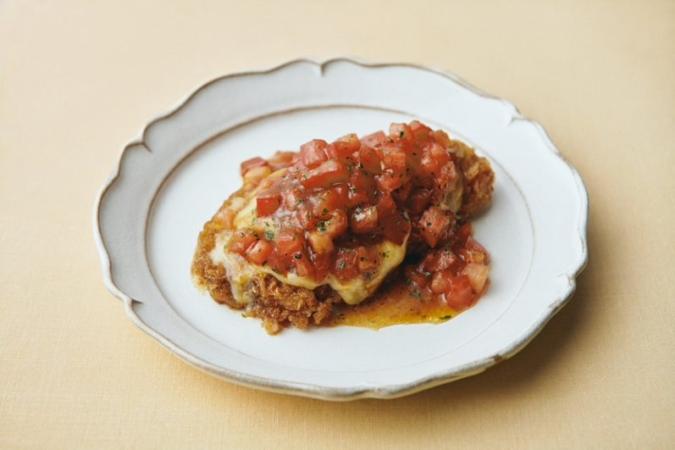 トマトソースのイタリア風ロースカツ
