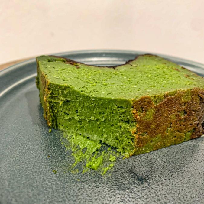 抹茶バスクチーズケーキ(断面)