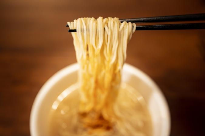 一蘭 カップ麺 めん