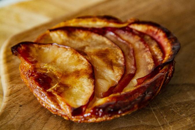 モロパン 林檎とメープルのクイニーアマン
