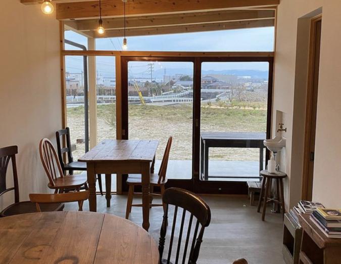 毎日のパンと喫茶 tison(チゾン) 窓からの眺め
