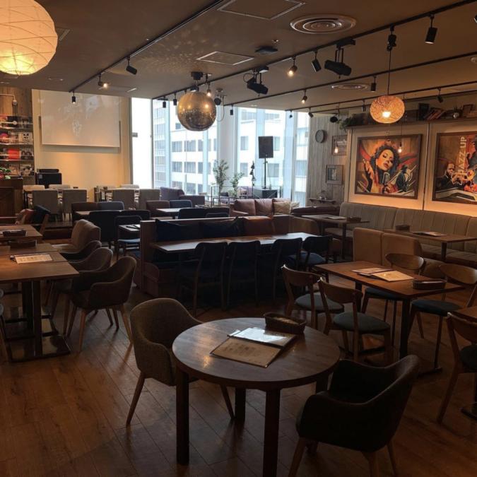 kawara CAFE&DINING FORWARD福岡パルコ 店内