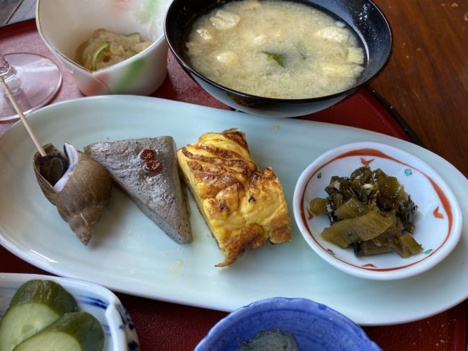 cuidaore cafe(くいだおれカフェ)選べるおむすび定食 小鉢