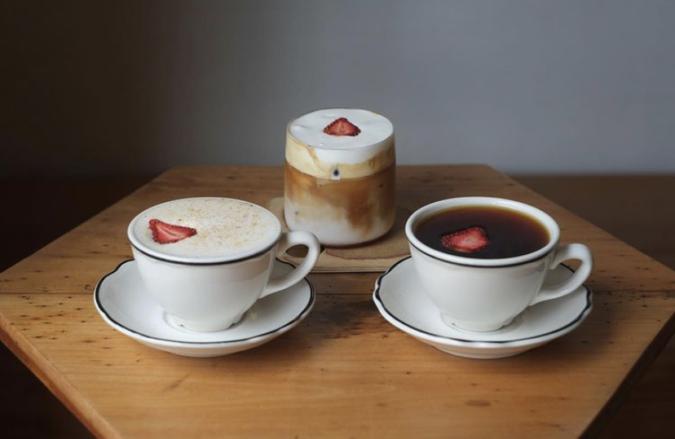 NIYOL COFFEE(ニヨルコーヒー) ストロベリードリンク