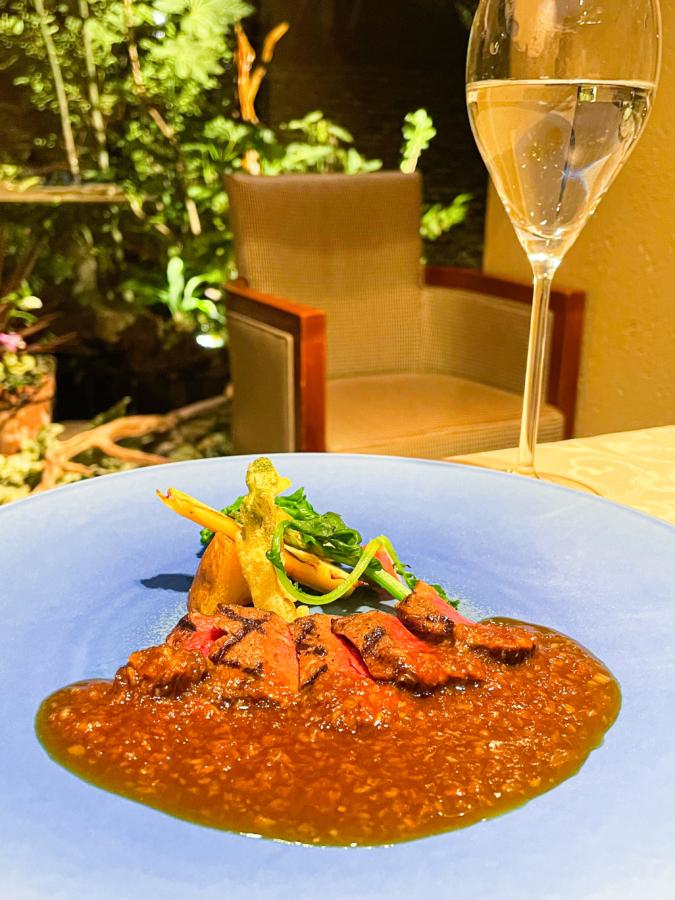 ラ・カスカドゥ メインの肉料理