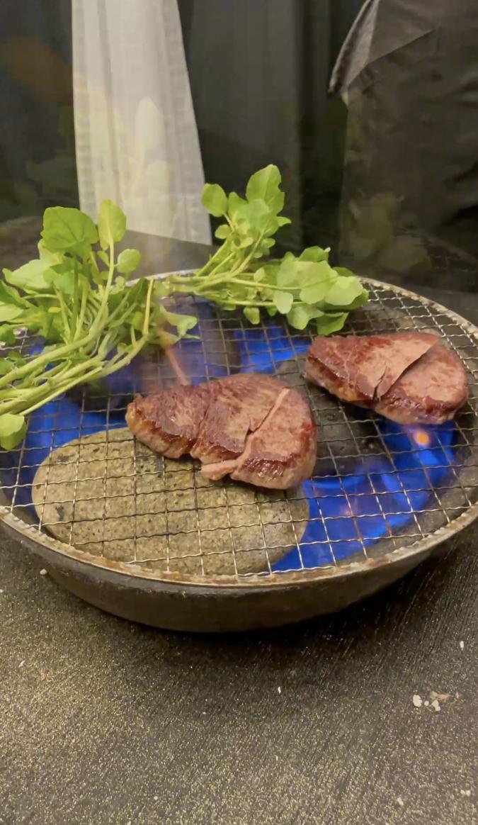 モトフサアラキ ステーキ