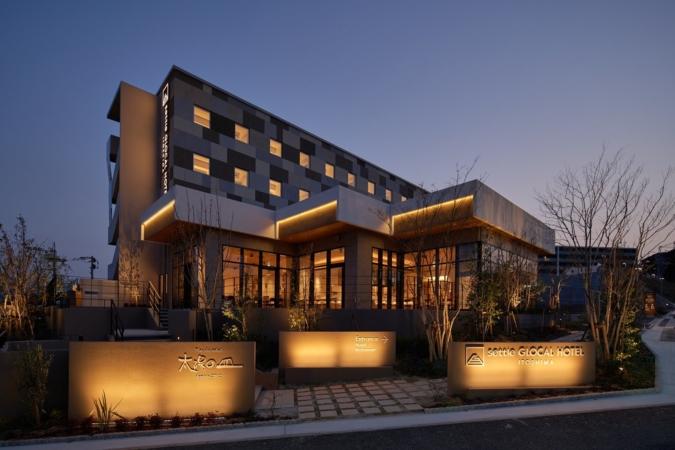 ホテル 夜